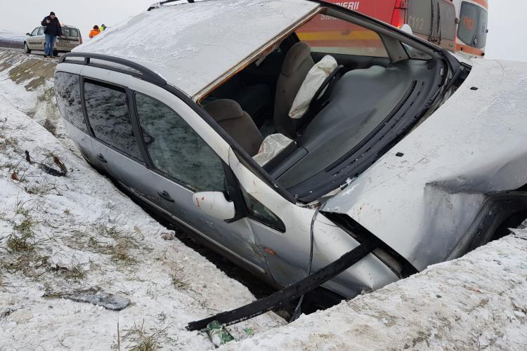 Accident lângă Emerson, pe Bulevardul Muncii. Cinci persoare au fost rănite - FOTO
