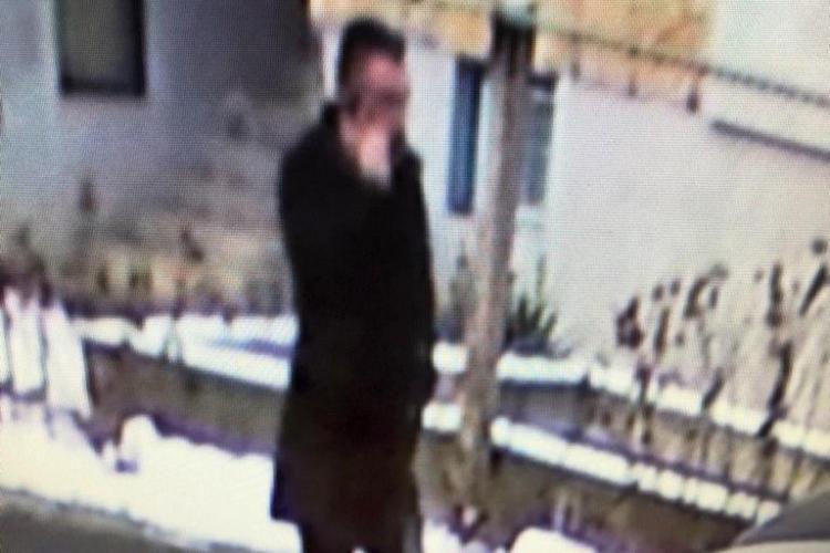 """Trei înșelăciuni prin metoda """"Accidentul"""" la Cluj-Napoca. Escrocul e căutat FOTO/VIDEO"""