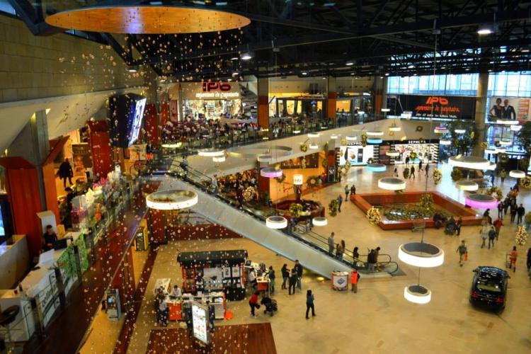 Program Iulius Mall Cluj. E închis în 1 ianuarie