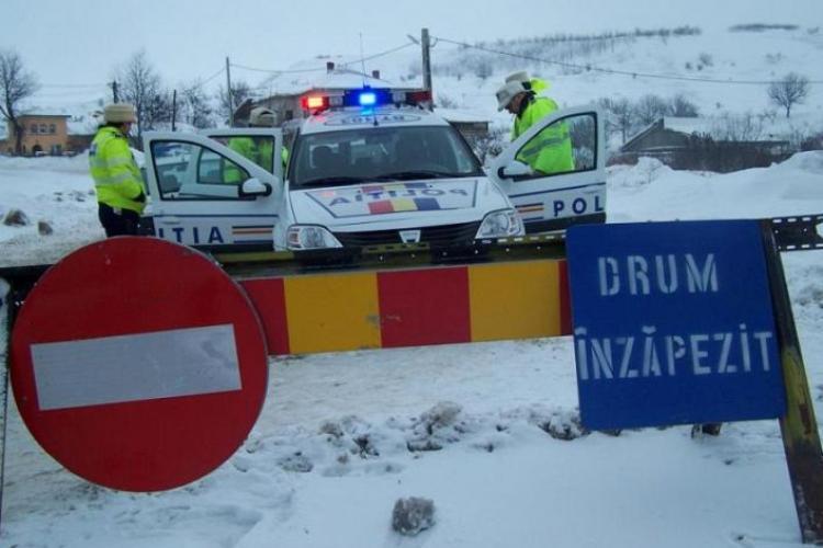 Drumurile județene DJ 103K, DJ 107P și DJ 108C închise din cauza ninsorilor