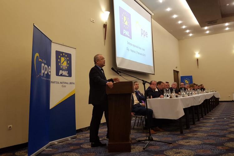 """Boc a spus un banc cu """"psdiștii urmașii comuniștilor"""" la ședința regională a PNL - VIDEO"""