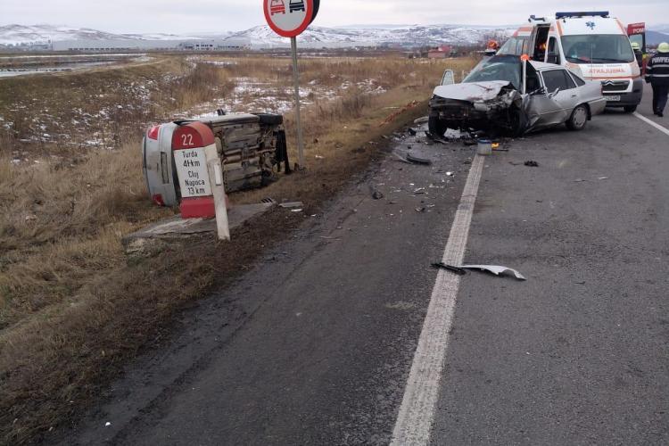 Accident pe centura Apahida. O mașină s-a răsturnat - FOTO