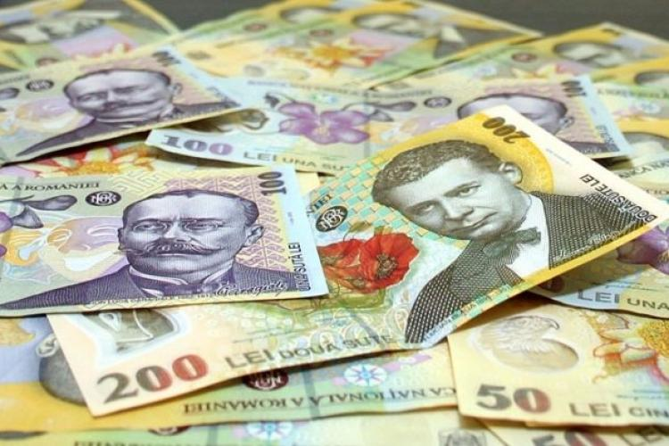 Euro crește din nou! A ajuns la aproape 4.75 lei