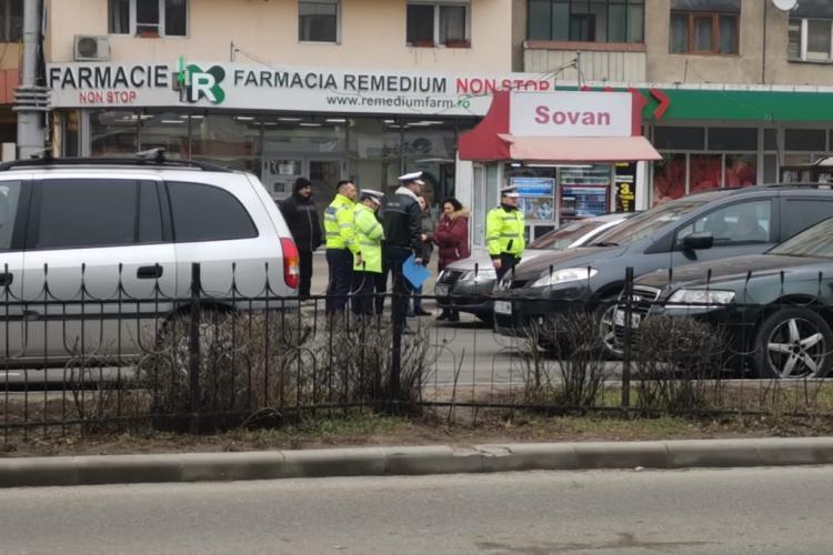 Adolescent lovit de mașină în Mărăști! Trecea strada pe culoarea roșie a semaforului FOTO