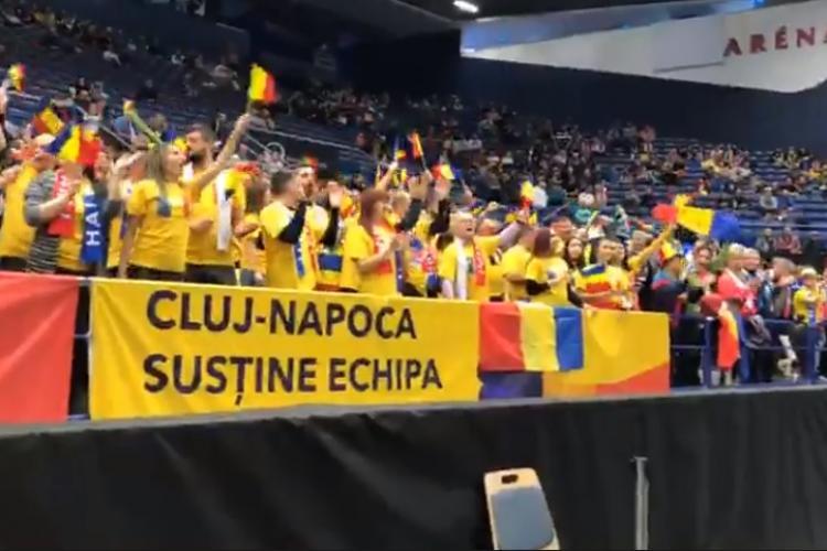 Emil Boc s-a dus în Cehia să le susțină pe Halep & Co  în meciul din Fed Cup VIDEO