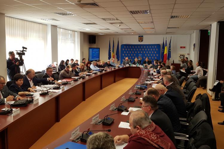 Alin Tișe susține că nu vrea să vândă Aeroportul Cluj, pentru că oricum nu îl lasă legea - VIDEO