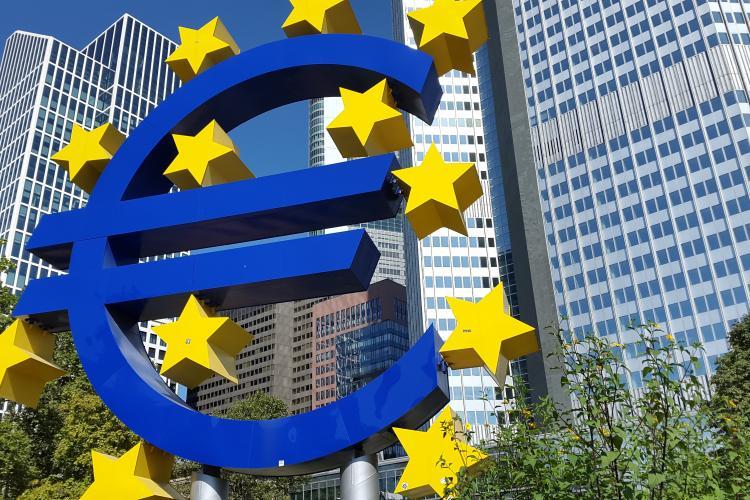 """Banca Centrală Europeană îl trage de urechi pe Teodorovici pentru """"taxa pe lăcomie"""""""