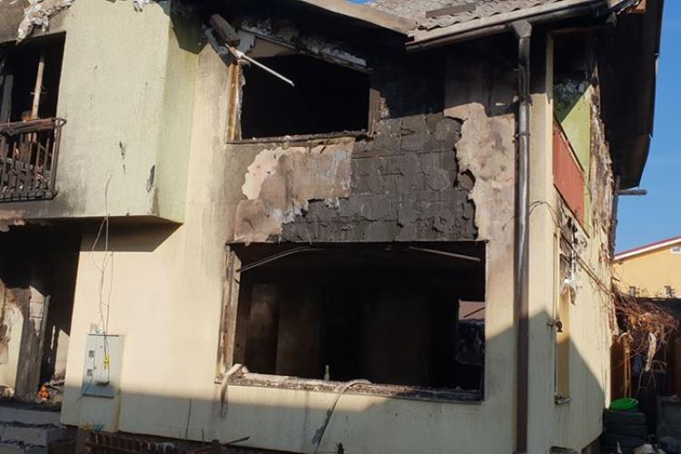 Donații pentru vilele distruse în incendiul din Florești - FOTO