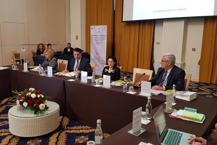 Ministerul Educației a vorbit la Cluj despre tablete pentru elevi: Au IT-ul în ADN