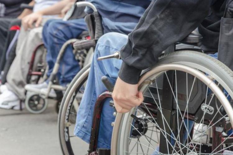 Cluj: Protest împotriva bugetului pe 2019: Nu negociem viața copiilor și a adulților cu dizabilități