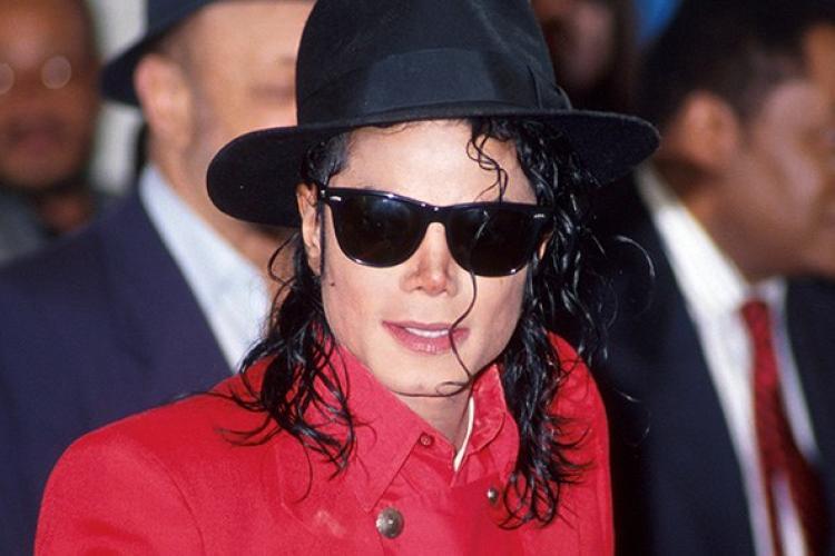 Scandal de amploare după un documentar despre Michael Jackson. Muzica artistului a fost interzisă la radio