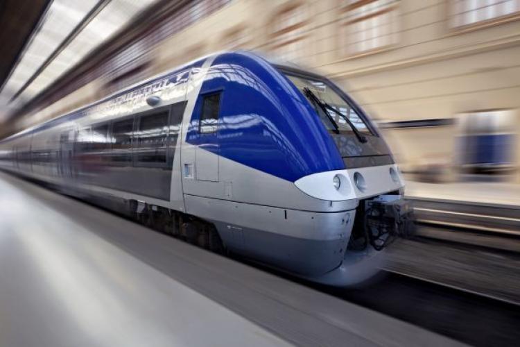Tren de la Jucu spre Cluj-Napoca și legătură de tramvai până în Florești