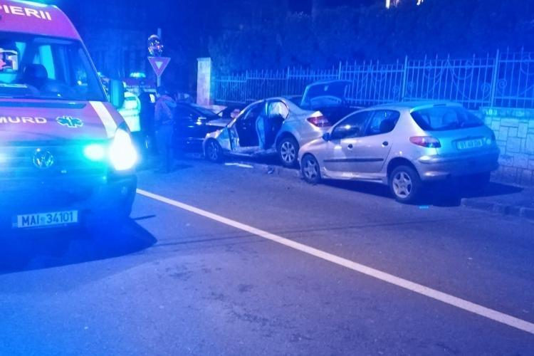 Accident grav la Cluj! Trei autoturisme au fost implicate FOTO