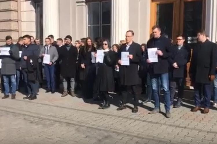 Judecătoria Cluj-Napoca intră în grevă alături de Tribunalul Cluj - VIDEO