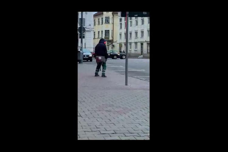 Drogat în centrul Clujului. Fenomenul Zombie revine? - VIDEO