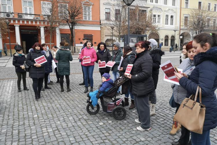 Persoane cu dizabilități au protestat la Cluj față de noul buget al României