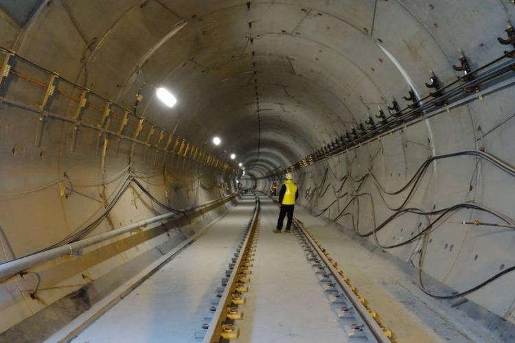 6 km de metrou în București costă 500 mil EURO. Clujul are nevoie de 15 - 20 de km