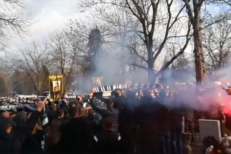 Imagini de la înmormântarea lui Radu Țenter - VIDEO