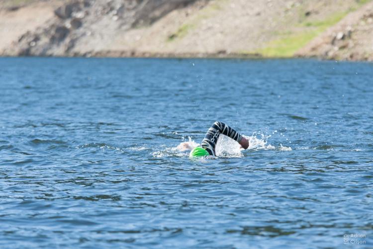 Cluj: Ultramaraton de traversare înot a celor mai lungi 7 lacuri din țară - VIDEO