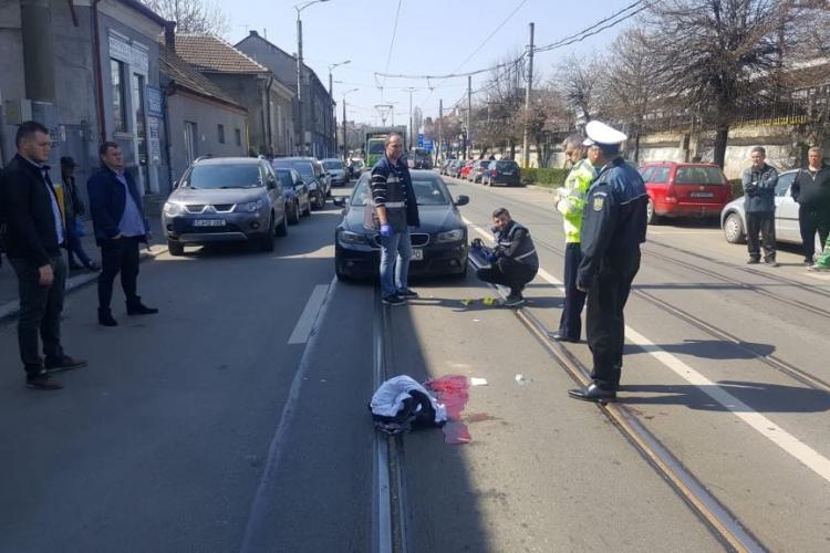 Accident grav lângă Gara Cluj. Pieton lovit de două mașini - VIDEO și FOTO
