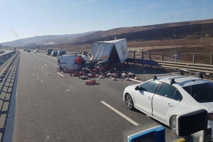 Accident pe Autostrada Transilvania! Un clujean a fost strivit între mașină și parapetul metalic FOTO