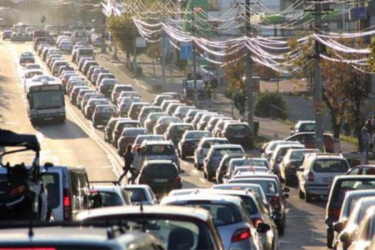 Șoferii clujeni vor OPRI în trafic, vineri, 15 martie, timp de 15 minute. VREM AUTOSTRĂZI