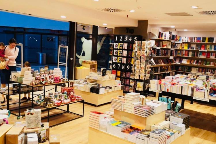 În Iulius Mall Cluj s-a deschis magazinul Diverta, cu un concept care include și o cafenea FOTO