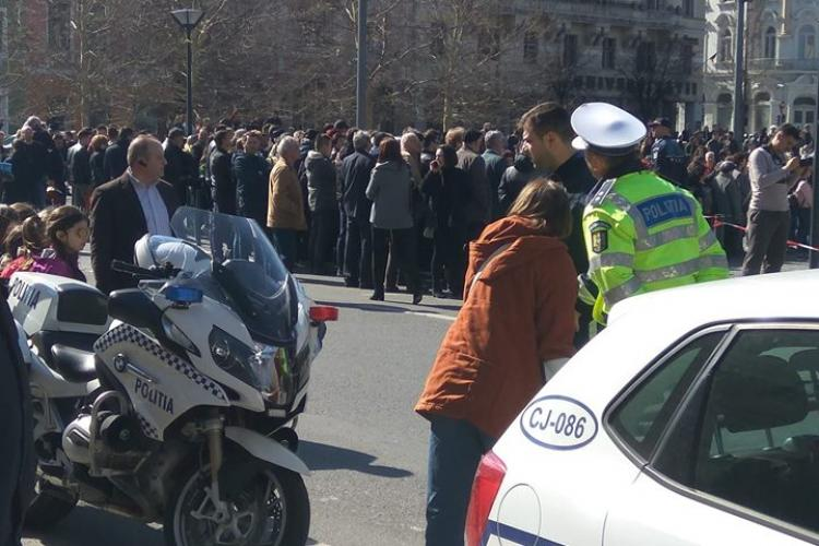 Gest impresionat al polițiștilor clujeni pentru o persoană cu handicap locomotor FOTO