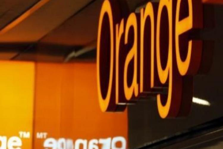 Dorel a tăiat fibra optică Orange. Rețeaua portocalie e căzută