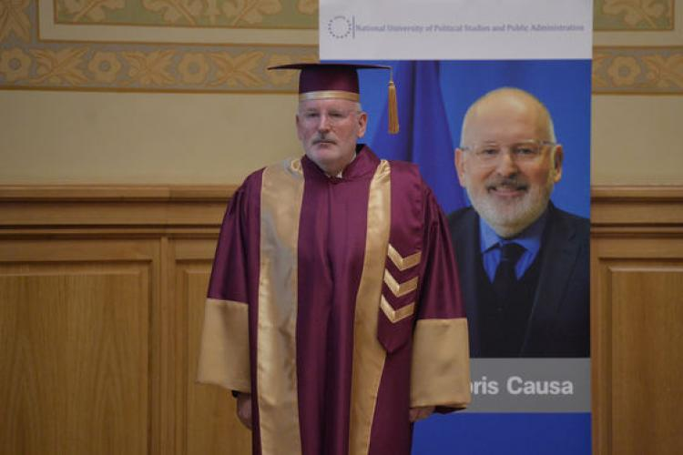 Timmermans: Dacă românii nu intrau în UE, ceea ce Putin face acum în Ucraina ar fi făcut şi în România