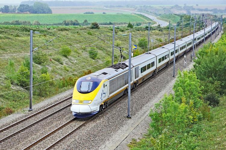 Ministrul Transporturilor, Cuc, spune cu ce viteză astronomică se va circula între Simeria şi Sighişoara