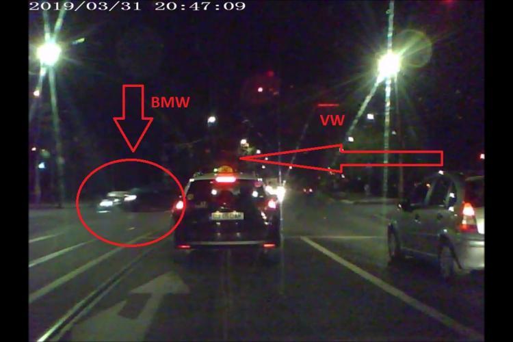 Imagini LIVE cu accidentul de lângă Sala Polivalentă surprinse de un alt șofer - VIDEO