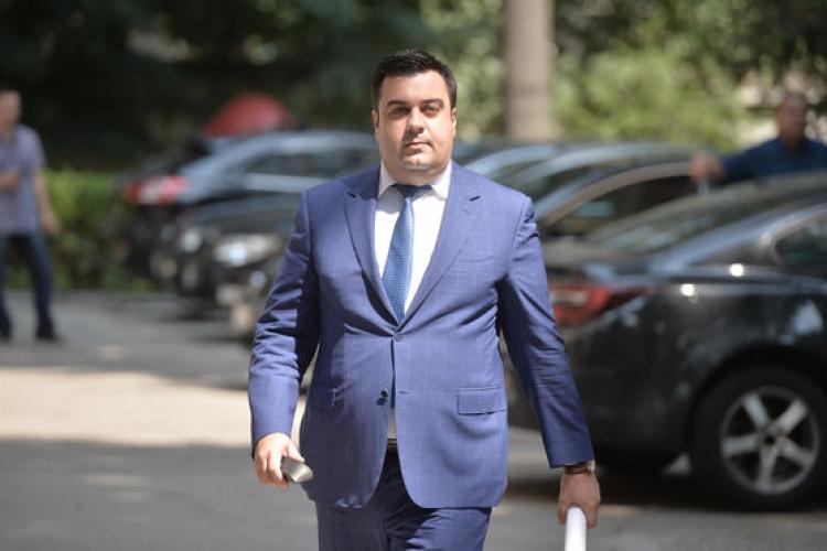 """Ministrul Transporturilor a declarat că """"Statul paralel"""" este de vină pentru lipsa autostrăzilor"""