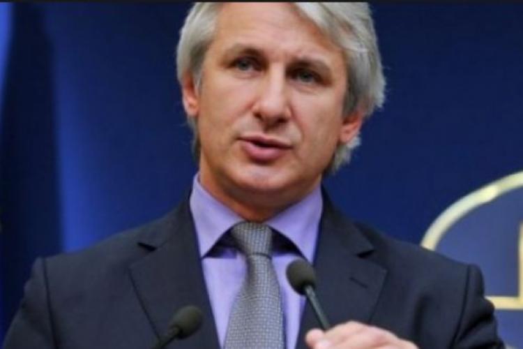 Anunț important pentru românii cu rate la bancă! Guvernul adoptă o OUG care modifică metoda de calcul a ROBOR-ului