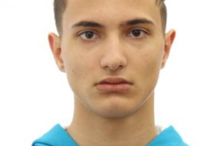CLUJ: Tânăr de 19 ani, dispărut de acasă de câteva zile. L-ați văzut? FOTO