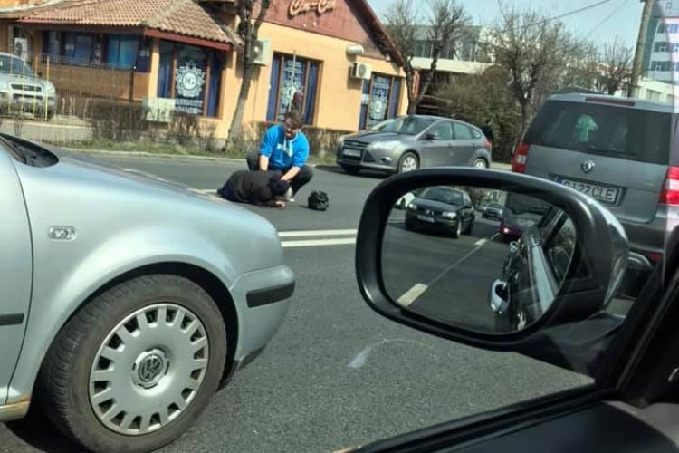 Bătrână lovită de mașină în Observator FOTO