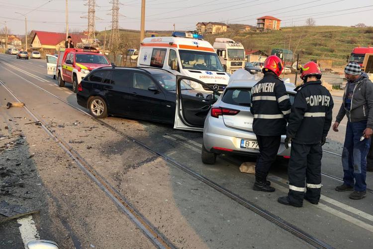 FOTO de la accidentul grav de pe Bulevardul Muncii, de joi dimineața