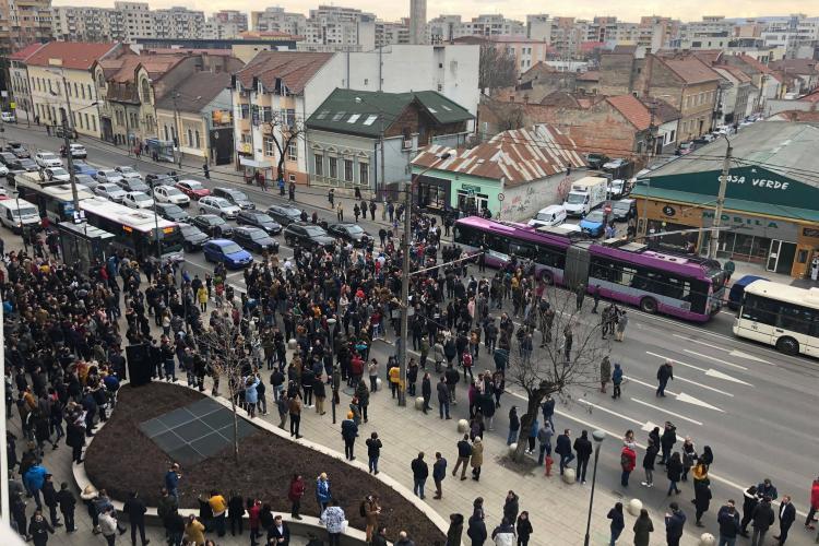 Clujul a protestat pentru AUTOSTRĂZI. #șieu cu imagini fabuloase din Mărăști - VIDEO