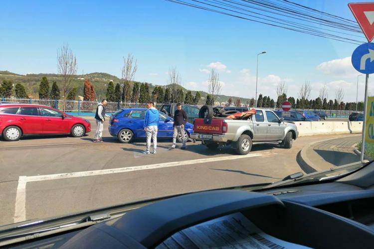 Accident la intrare în Florești! Un copil a făcut atac de panică - FOTO