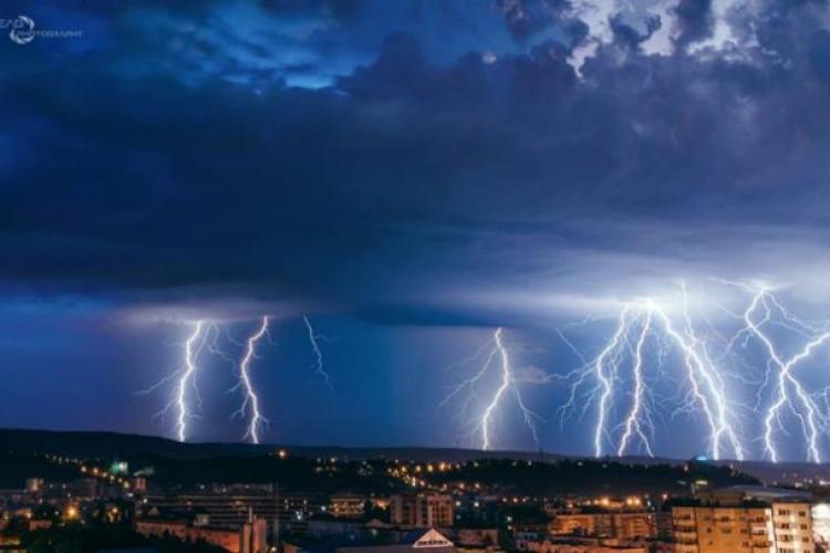 ALERTĂ METEO - Cod Portocaliu: Ploi puternice și grindină în Cluj