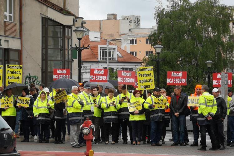 Angajații de la Aeroportul Cluj protestează. Va urma GREVĂ și blocarea activității. Aeroportul e fără buget