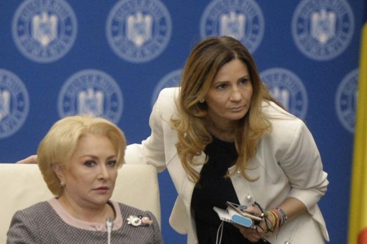 """Viorica Dăncilă a dat-o afară pe Anca Alexandrescu """"umbra lui Dragnea"""", care i-ar fi sabotat discursurile"""