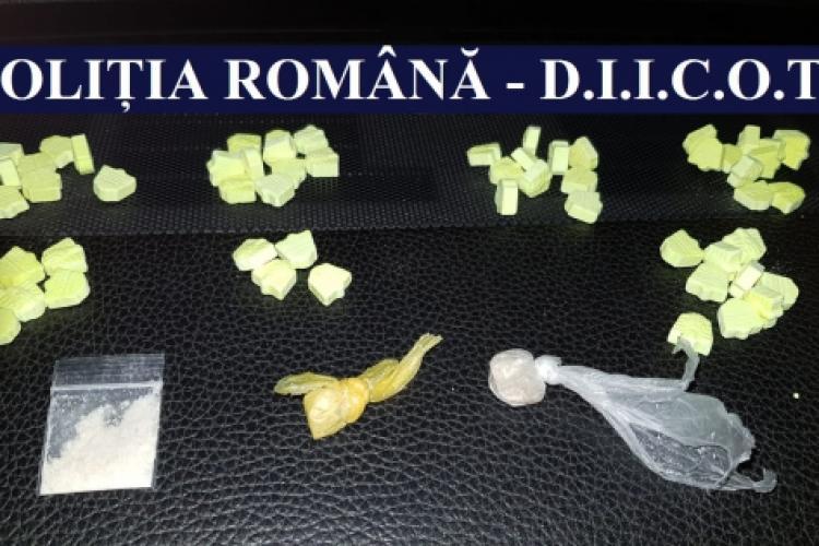 Razie pe litoral, în minivacanța de 1 mai. Zeci de persoane au fost prinse cu droguri la un festival din Mamaia FOTO