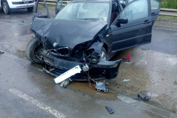 Accident pe Calea Someșeni, cu mai multe victime - FOTO