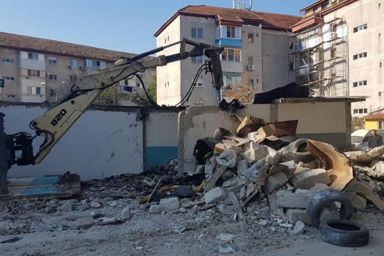 La Timișoara se pot demola garajele, la Cluj-Napoca nu. Se pierd voturi? - FOTO