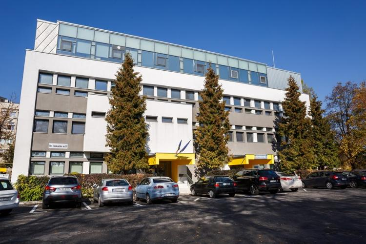 """Spitalul """"Clujana"""" a primit o donație de 70 de paturi din partea orașului Köln FOTO"""