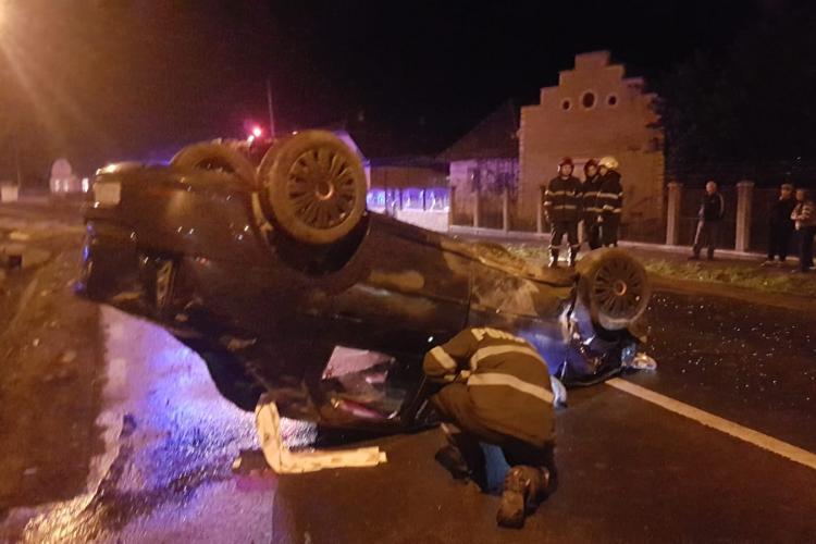 Accident cu 5 victime la Cluj. O șoferiță beată s-a răsturnat cu mașina FOTO
