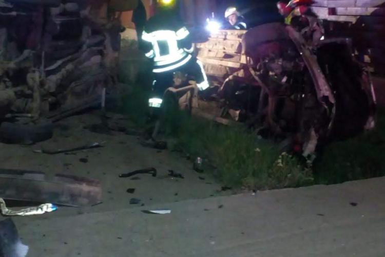 Accident cu mașini răsturnate la Sânnicoară. Vinovatul a fugit / UPDATE: S-a dat publicității POZA lui - FOTO