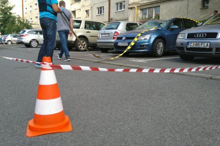 Persoană căzută de pe un bloc din Mănăștur, strada Parâng - FOTO