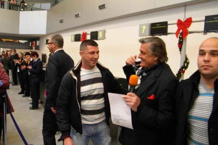 Un somer din Satu Mare, pasagerul cu numarul un milion pe Aeroportul International Cluj, in 2010 - VIDEO